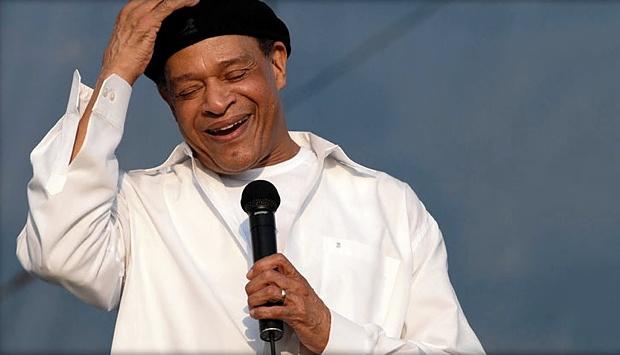 El cantante de jazz Al Jarreu murió en Los Ángeles